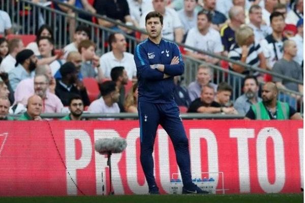 Mauricio Pochettino đang rất nỗ lực để làm mới Tottenham.