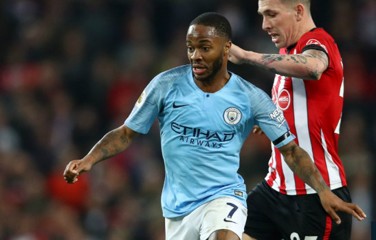 Guardiola khẳng định Sterling vẫn còn rất nhiều điều cần cải thiện.