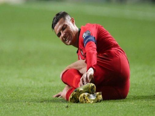 Tin bóng đá 26-3: Ronaldo dính chấn thương