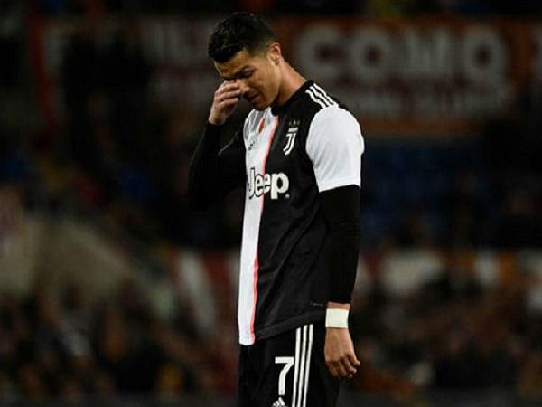Cristiano Ronaldo có thành tích ghi bàn tệ nhất trong 10 năm qua