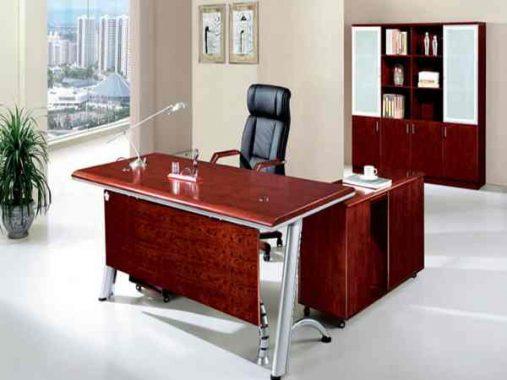 Phong thủy bàn làm việc- Cách sắp xếp bàn làm việc để nhanh thăng tiến