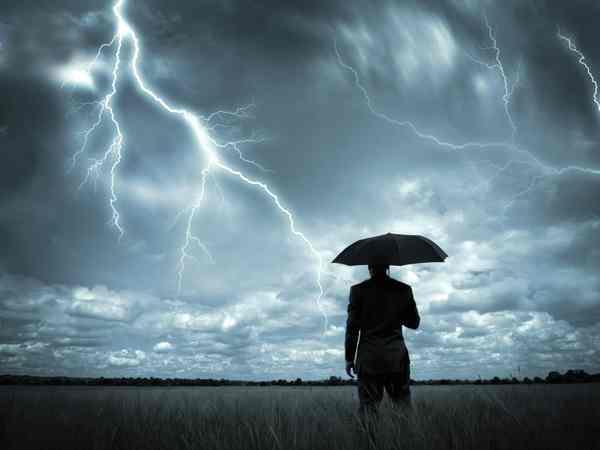 Mơ thấy giông bão