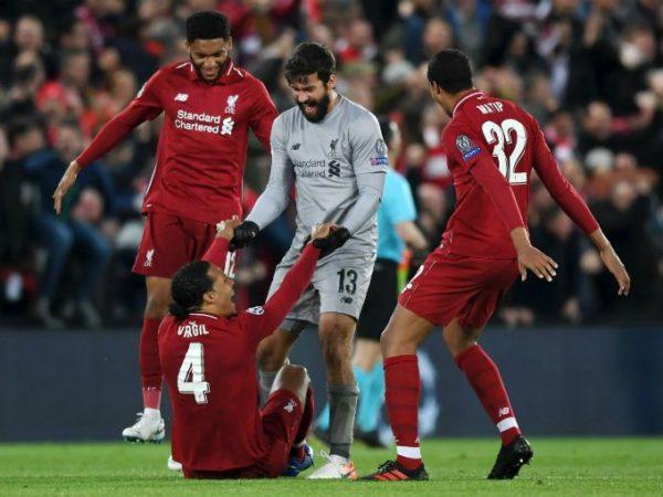 Tin bóng đá 17/11: Liverpool mất 9 sao đấu Leicester